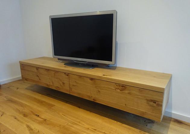 Hängeboard Holz Eiche Wildeiche Asteiche Massiv Rustikal