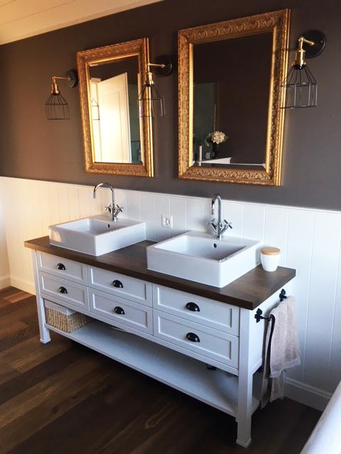 waschtisch im landhausstil wei shabby chic look. Black Bedroom Furniture Sets. Home Design Ideas
