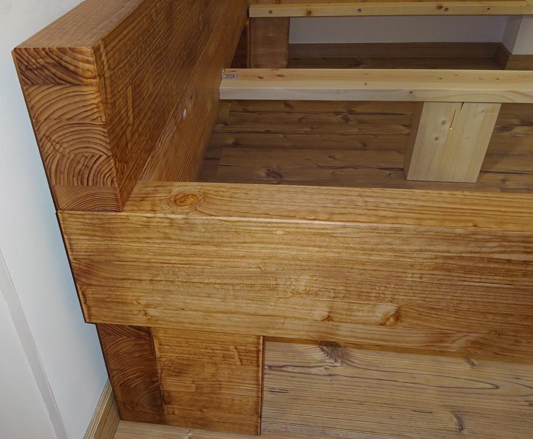 balkenbett fichte eiche wildeiche massiv massivholz balken baumstamm baumkante. Black Bedroom Furniture Sets. Home Design Ideas